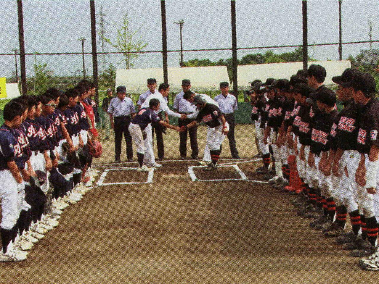 リトルリーグ 少年への野球指導